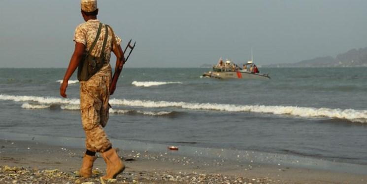 امارات یک کشتی نظامی حامل سلاح و سرباز به جنوب یمن فرستاد