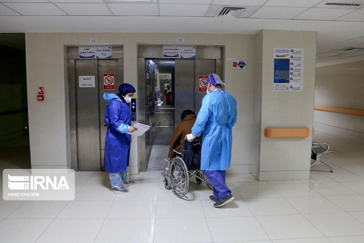 خبرنگاران اولین بیمار مبتلا به کرونا در اشنویه ترخیص شد