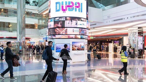 مراکز تجاری و خرید امارات به دلیل شیوع کرونا تعطیل شد