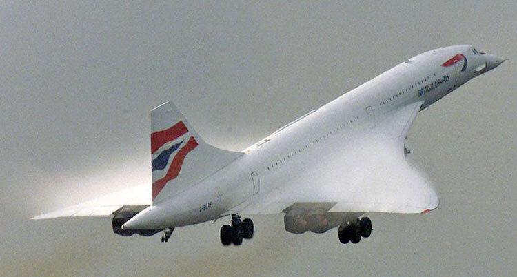 کتک خوردن خلبان خطوط هوایی سوئیس از سوی مسافران