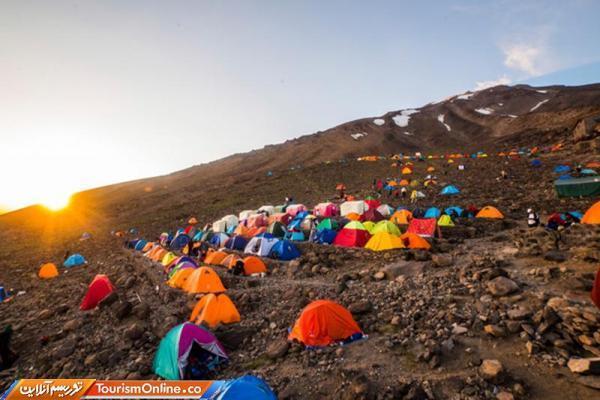 ممنوعیت صعود به قله دماوند تا اطلاع ثانوی