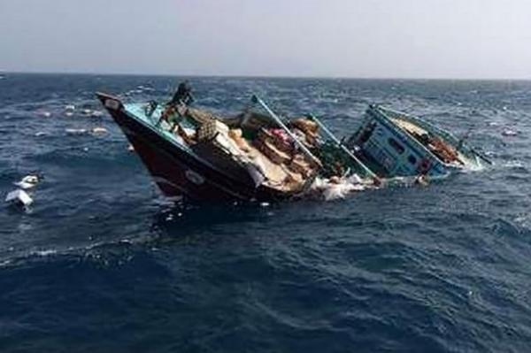 نجات 4 سرنشین شناور غرق شده در راستا بوالخیر ، دبی